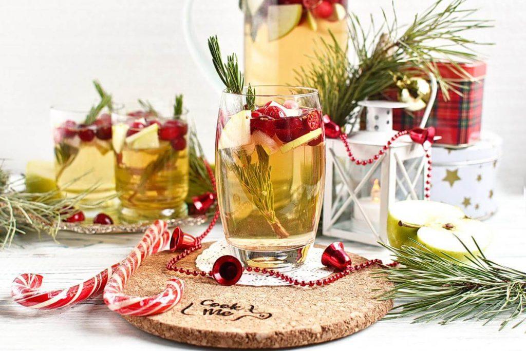 Christmas Sangria Recipes–Homemade Christmas Sangria–Easy Christmas Sangria
