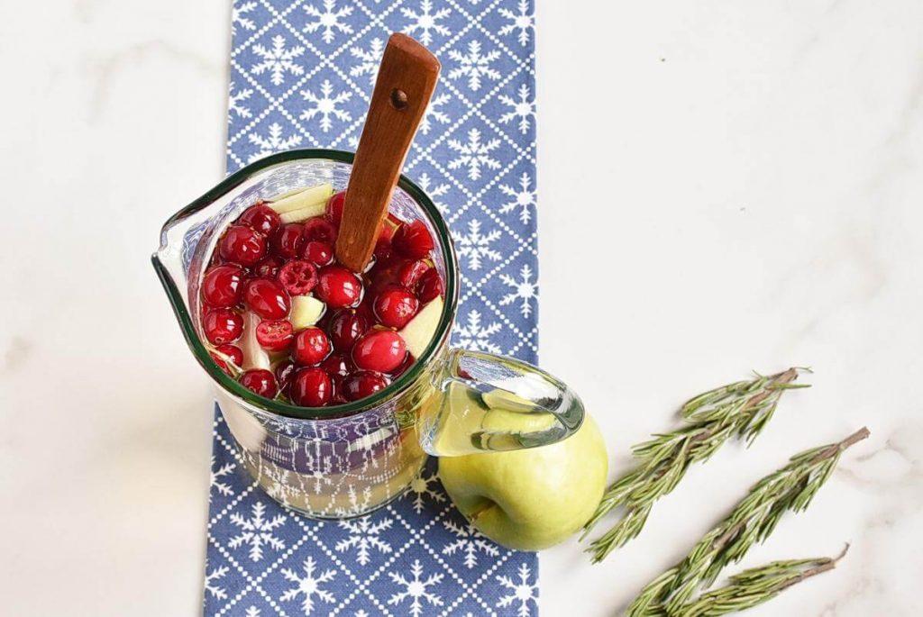 White Christmas Sangria recipe - step 2