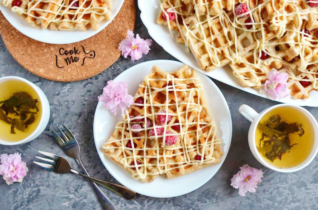 How to serve Cinnamon Roll Waffles