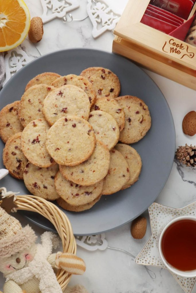 Sparkling Holiday Cookies