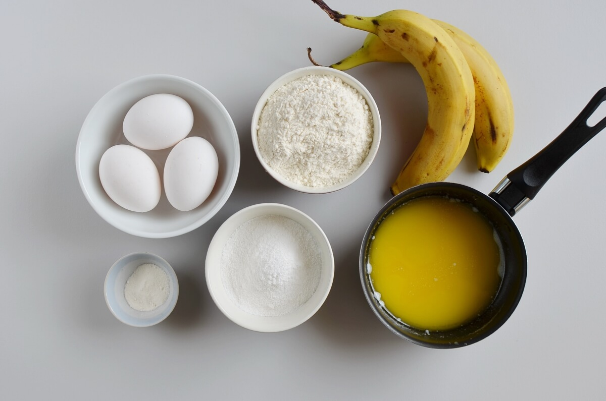 Ingridiens for Easy Banana Cake