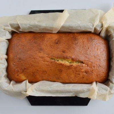 Easy Banana Cake recipe - step 8