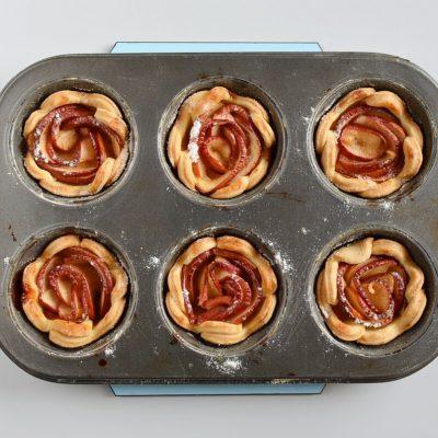 French Apple Roses Mini Tarts recipe - step 12