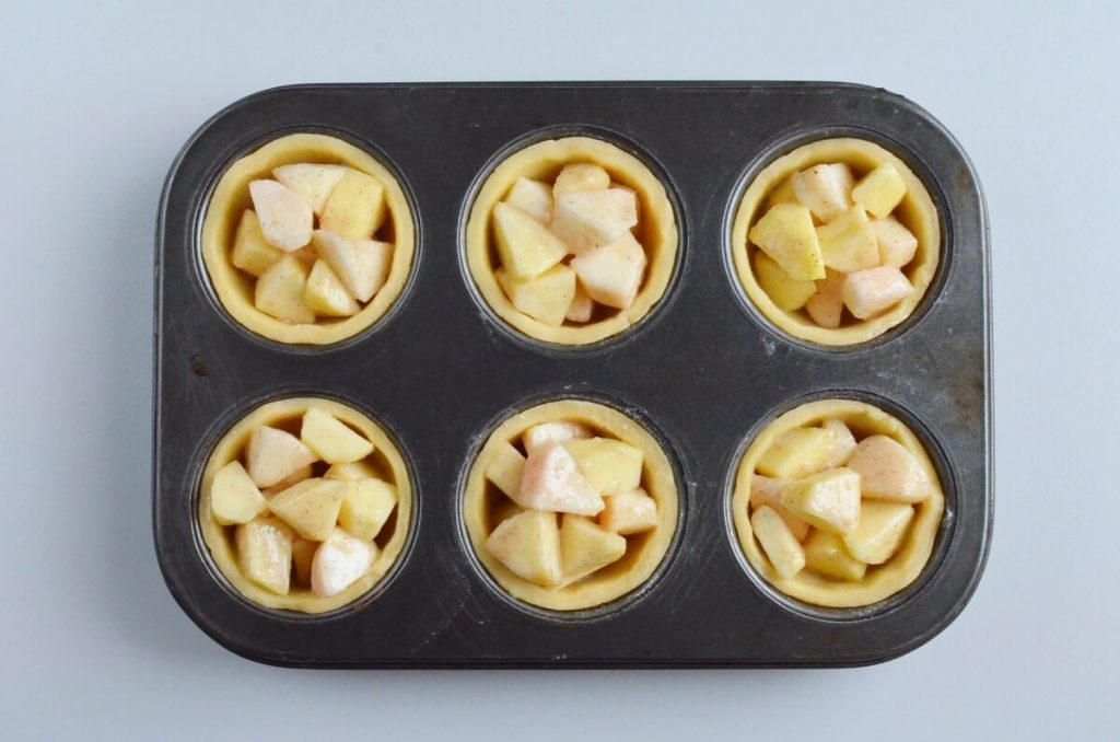 Mini Apple Pies recipe - step 6