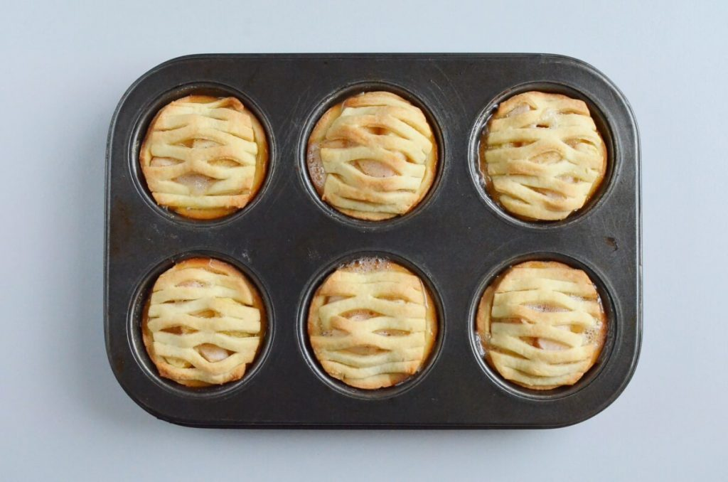 Mini Apple Pies recipe - step 8