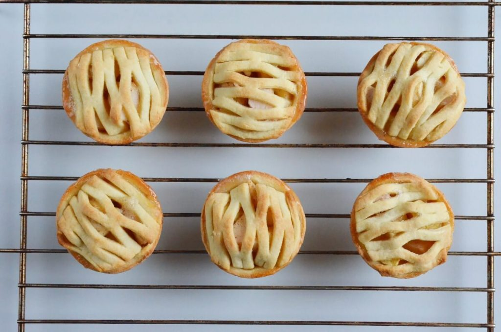 Mini Apple Pies recipe - step 9
