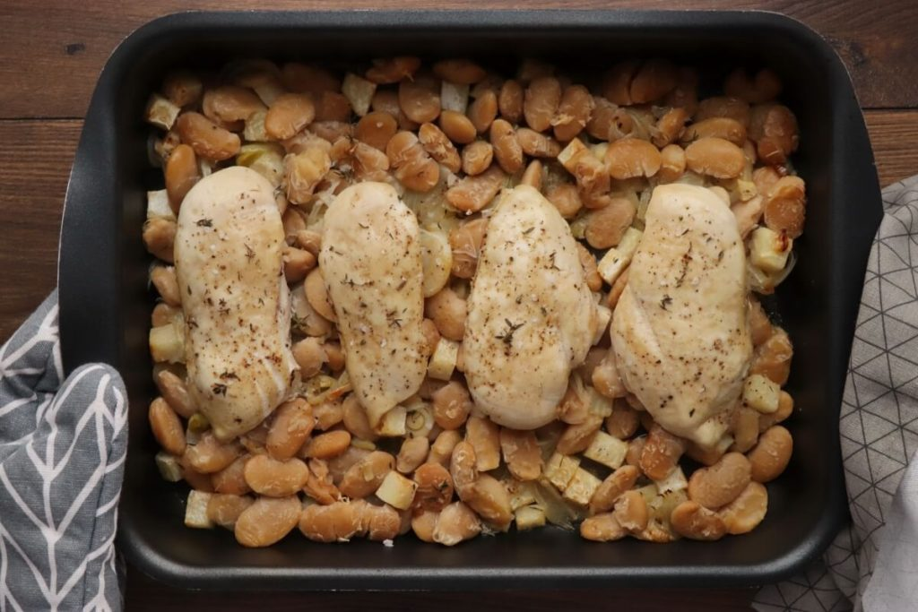 One-Pot Chicken, Leek and Beans recipe - step 6