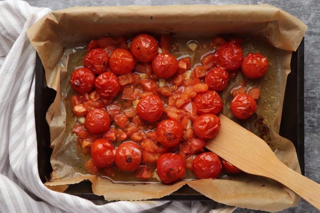 Pasta with Burst Tomatoes and Mascarpone recipe - step 3