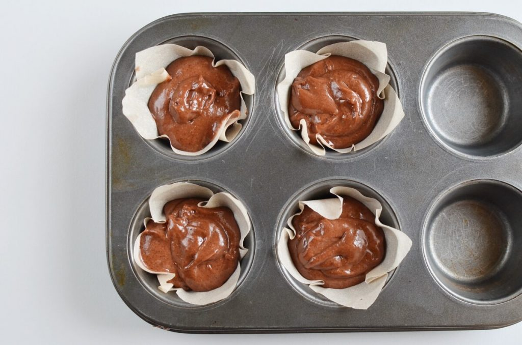 Small Batch Chocolate Cupcakes for Two recipe - step 5