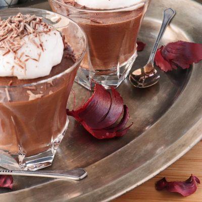 Aquafaba Chocolate Mousse Recipe-Fluffy Vegan Chocolate Mousse with Aquafaba-Best Aquafaba Chocolate Mousse