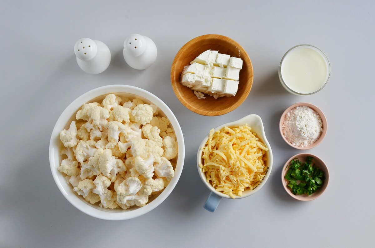 Ingridiens for Cauliflower Mac & Cheese