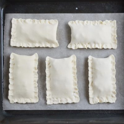 Chicken and Spinach in Puff Pastry recipe - step 7