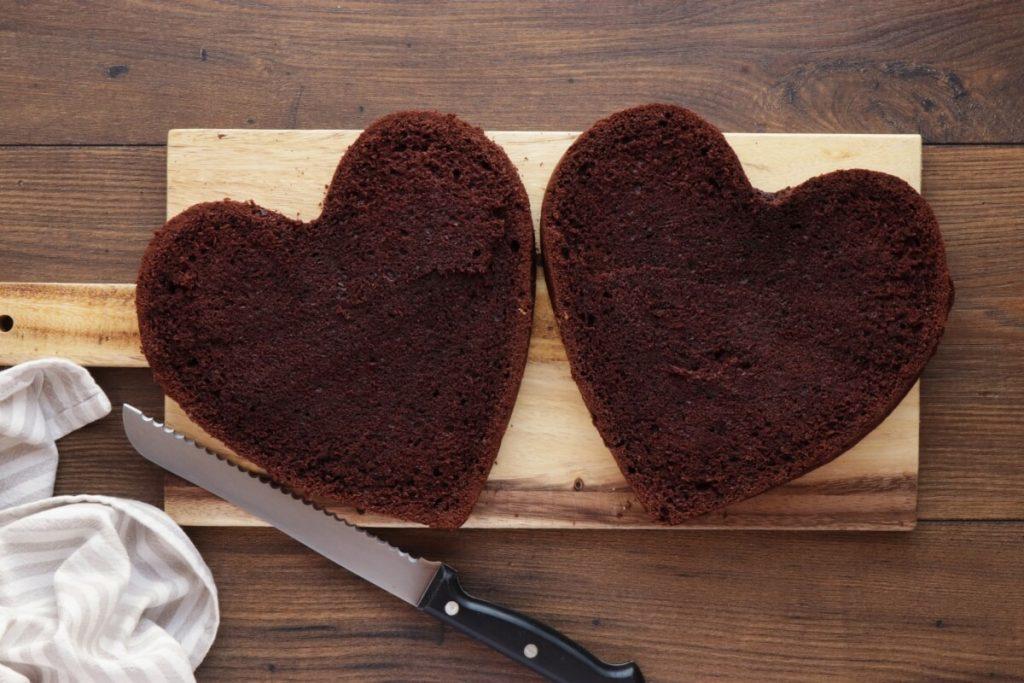 Chocolate Heart Cake recipe - step 14