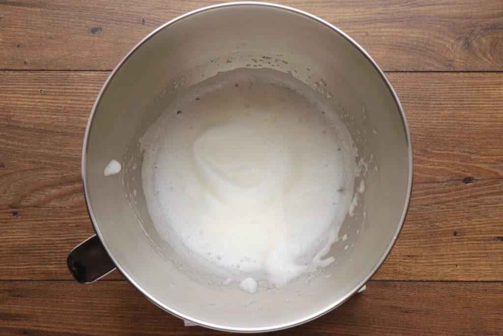 Chocolate Heart Cake recipe - step 8