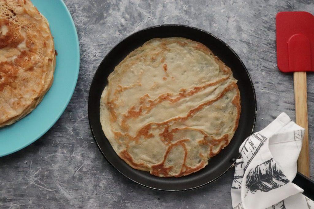Dairy-Free Vanilla Crepes with Aquafaba Cream recipe - step 3