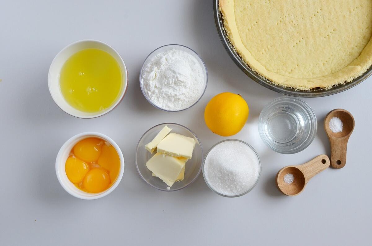 Ingridiens for Easy Lemon Meringue Pie