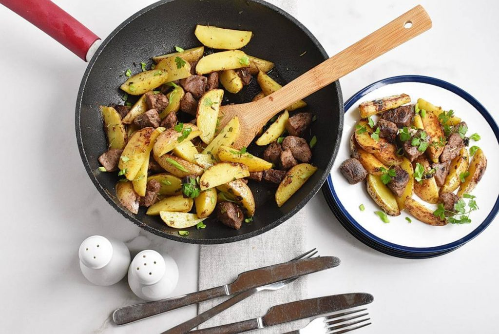 How to serve Garlic Butter Herb Steak Bites with Potatoes
