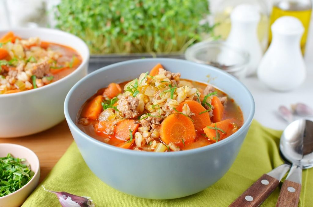 How to serve Hearty Hamburger Soup