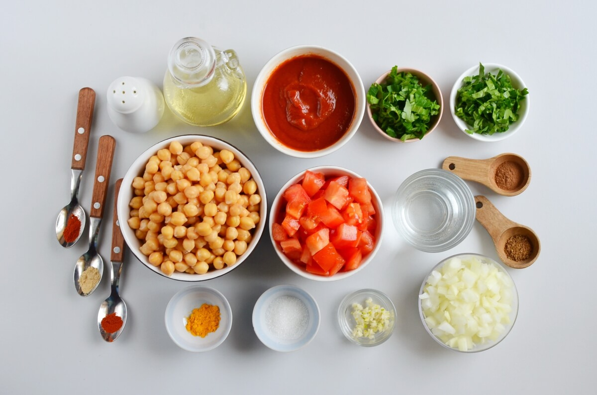 Ingridiens for Moroccan Chickpea Tagine with Tomatoes