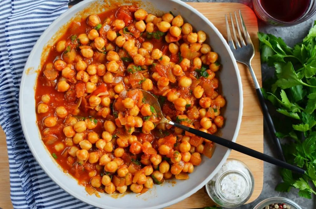 How to serve Moroccan Chickpea Tagine with Tomatoes