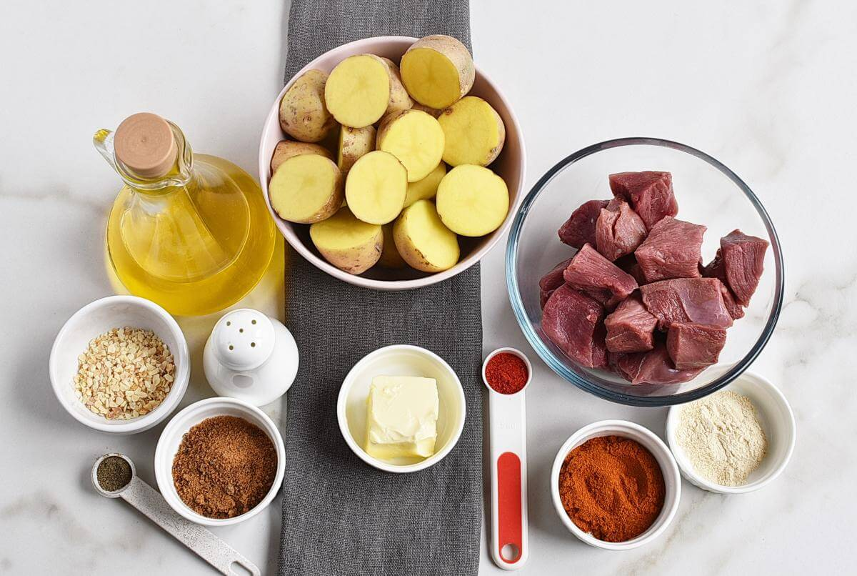 Ingridiens for One Skillet Smoky Steak and Potatoes
