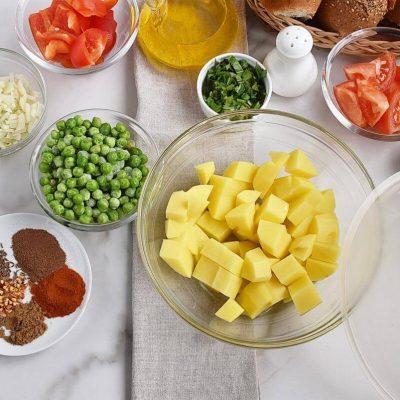Pav Bhaji – Indian curry recipe - step 1