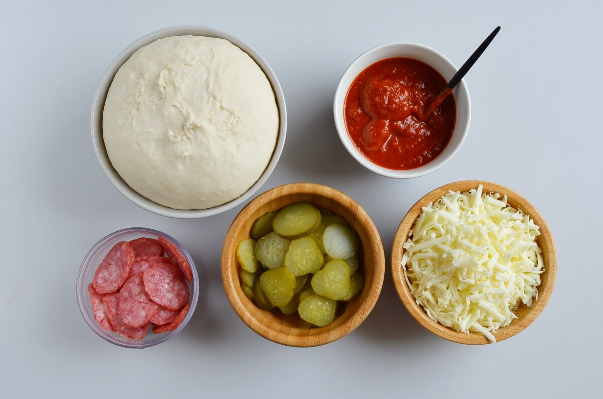 Ingridiens for Pepperoni and Sweet Pickle Pizza