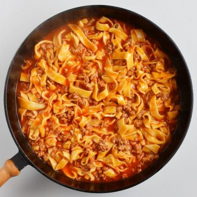 Quick One-Pan Pasta Bolognese recipe - step 5