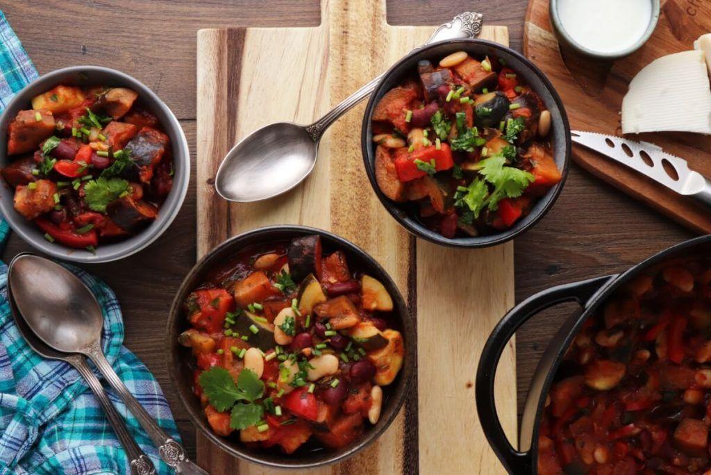 How to serve Spicy Vegetarian Chili