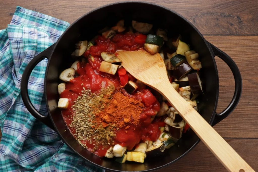 Spicy Vegetarian Chili recipe - step 4