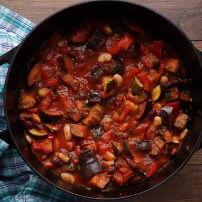 Spicy Vegetarian Chili recipe - step 5