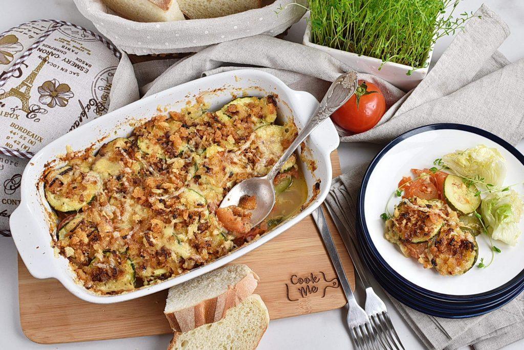 How to serve Tomato Zucchini Casserole