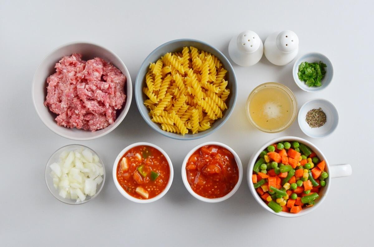 Ingridiens for Vegetable Beef Noodle Soup