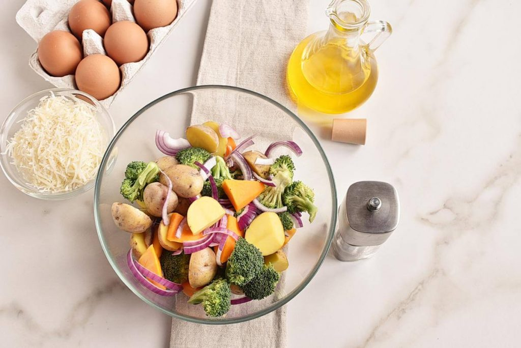 Baked Eggs with Roasted Vegetables recipe - step 2