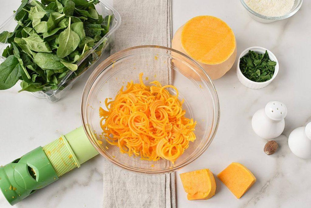 Butternut Squash Alfredo with Chicken & Spinach recipe - step 2