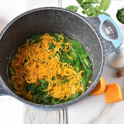 Butternut Squash Alfredo with Chicken & Spinach recipe - step 4
