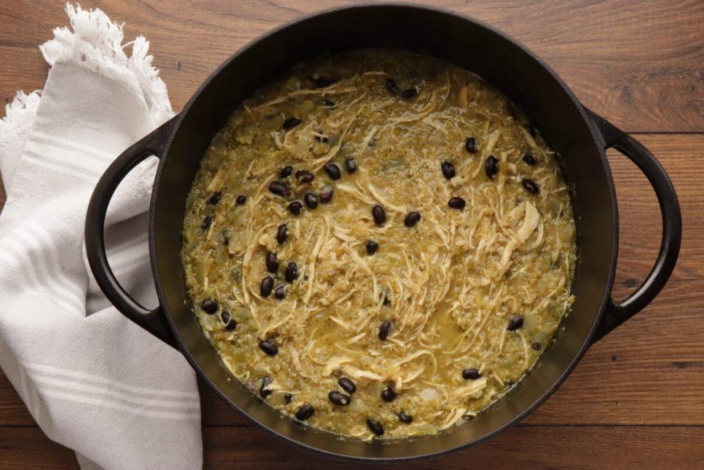 Chicken, Quinoa, and Black Bean Chili Verde recipe - step 5