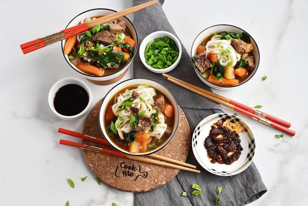 How to serve Chinese Hot Pot of Beef and Vegetables