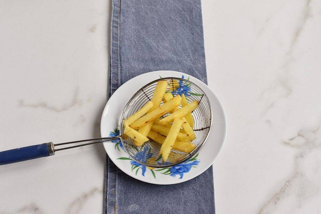 Classic British Fish and Chips recipe - step 7