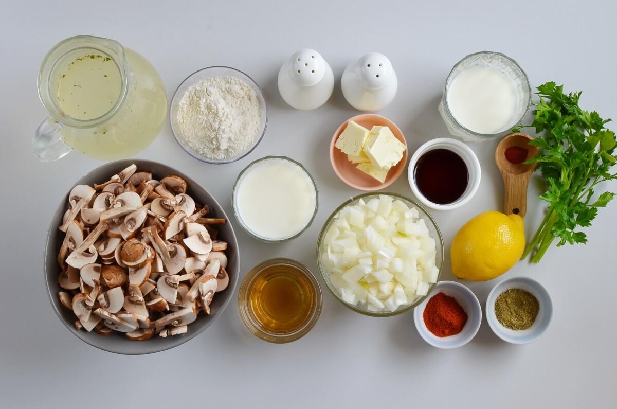Ingridiens for Creamy Vegan Hungarian Mushroom Soup