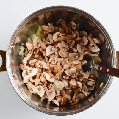 Creamy Vegan Hungarian Mushroom Soup recipe - step 2