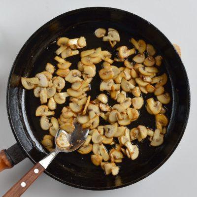 Easy Mushroom Gravy recipe - step 1