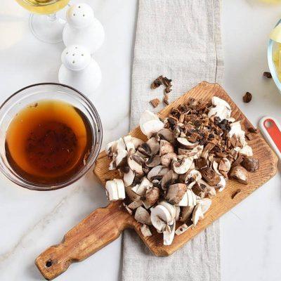 Hungarian Mushroom and Potato Soup recipe - step 2