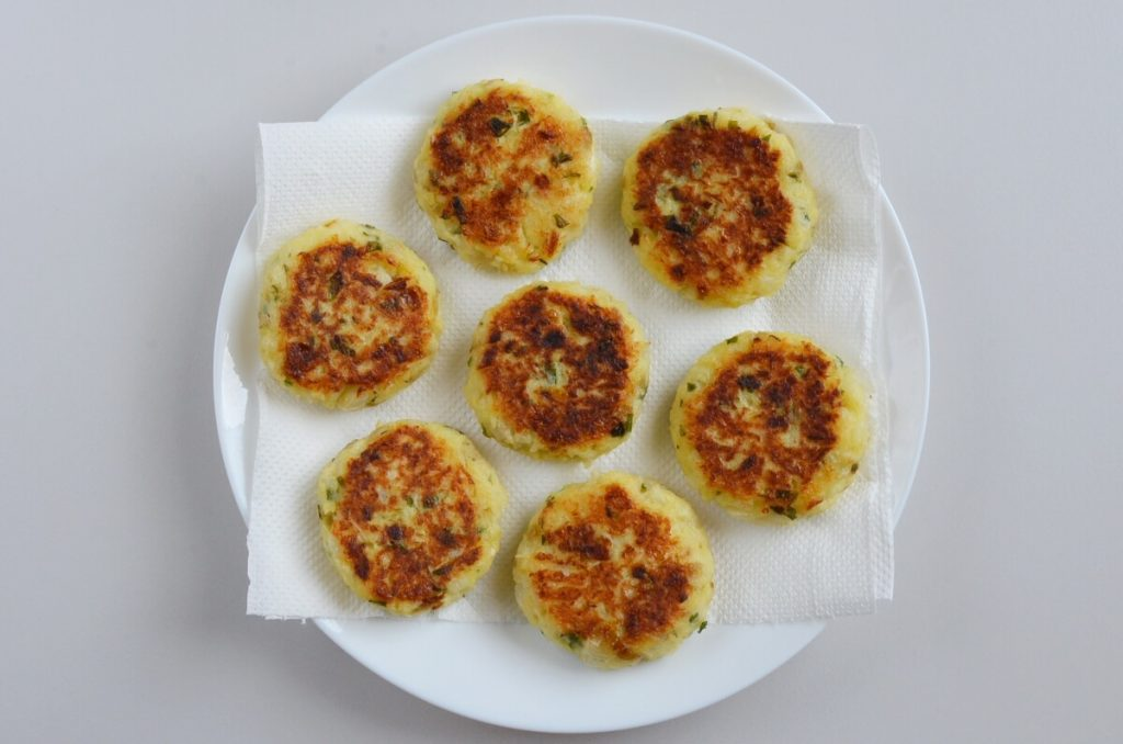 Indian Cabbage Cutlets recipe - step 7