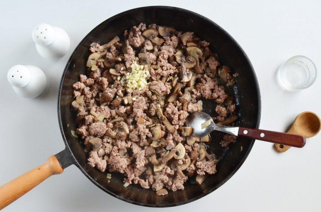 One Pot Ground Beef Stroganoff recipe - step 3