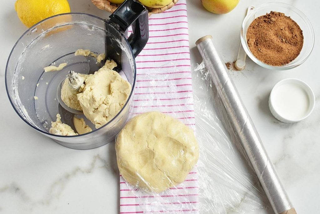 Perfect Apple Pie recipe - step 2