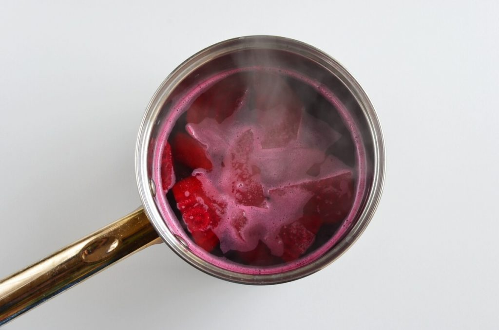 Quick Pickled Eggs and Beets recipe - step 3