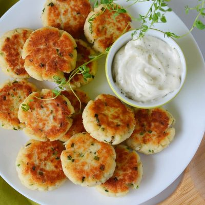 Quick and Easy Fish Cakes Recipe-How To Make Quick and Easy Fish Cakes-Delicious Quick and Easy Fish Cakes