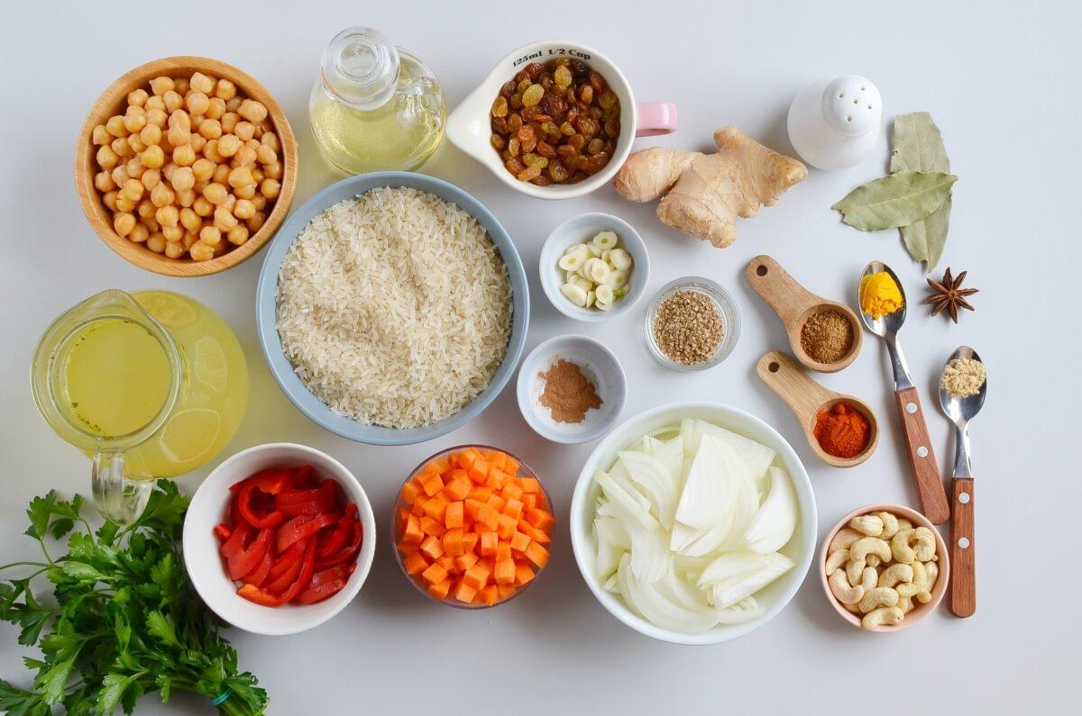 Ingridiens for Easy Vegan Biryani – Indian Rice Dish