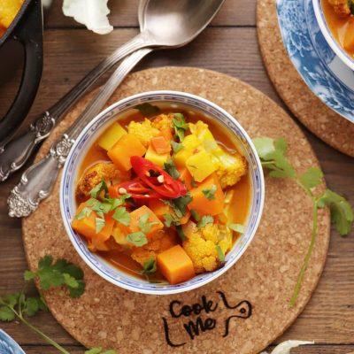 Roasted Cauliflower and Potato Curry Soup Recipe-Curried Cauliflower-Potato Soup-Cauliflower Sweet Potato Curry Soup